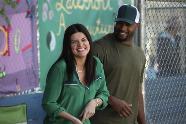 Photo Flash: First Look - HAPPY ENDINGS' 'Kickball 2: The Kickening,' Airing 1/13
