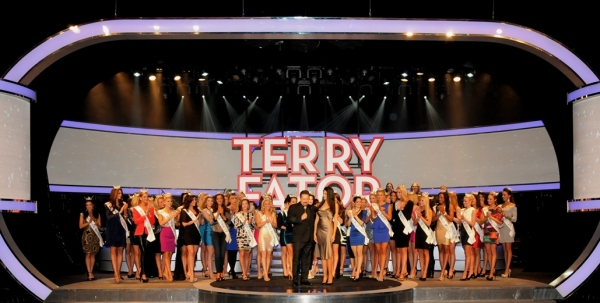 Photo Flash: Terry Fator Welcomes Miss America Pageant Contestants