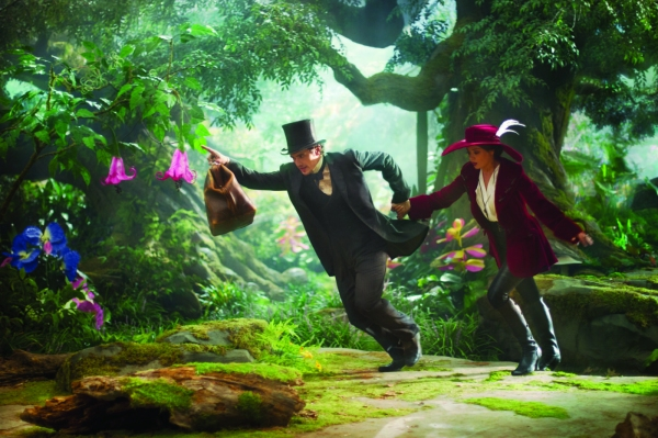 James Franco, Mila Kunis at Seven New Images from OZ: THE GREAT AND POWERFUL