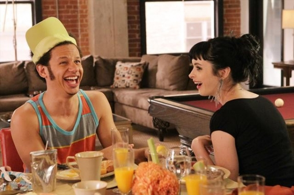 Photo Flash: Tomorrow's DON'T TRUST THE B---- IN APARTMENT 23 Episode