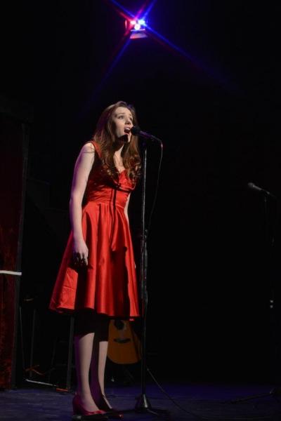 Amelia Young Photo