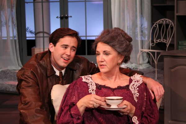 Photo Flash: First Look at Georgia Ensemble Theatre's SWELL PARTY