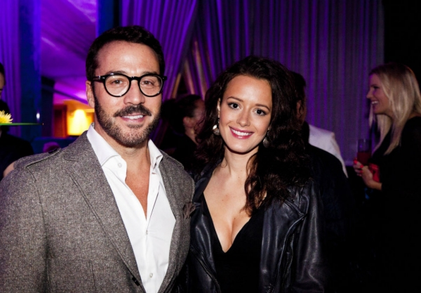 Photo Flash: Jeremy Piven, Arlene Phillips, Twiggy and More at Opening Night of CIRQUE DU SOLEIL's KOOZA