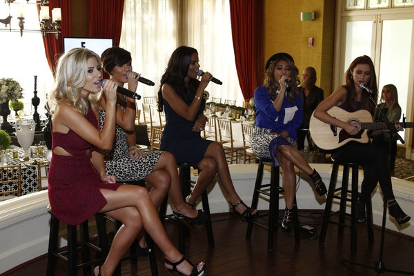High Res NBCUNIVERSAL EVENTS -- NBCUniversal Press Tour January 2013 -- Pictured: (l-r) Mollie King, Frankie Sandford, Rochelle Humes, Vanessa White, Una Healy,