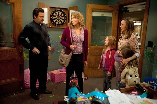 Nick Offerman, Lucy Lawless, Rashida Jones  at PARKS AND RECREATION's 'Women in Garbage,' Airing 1/24