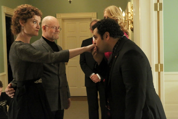 Photo Flash: 1600 PENN's 'Meet the Parent,' Airing 1/24
