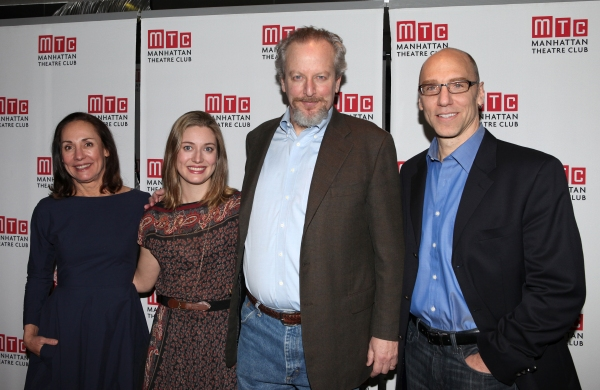 Laurie Metcalf, Zoe Perry, Daniel Stern & John Schiappa