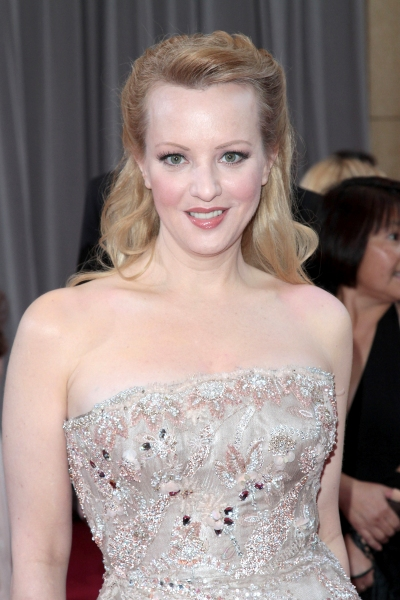 BRIDESMAIDS' Wendi McLendon-Covey Lands Lead in Adam Goldberg's 80's Pilot on ABC