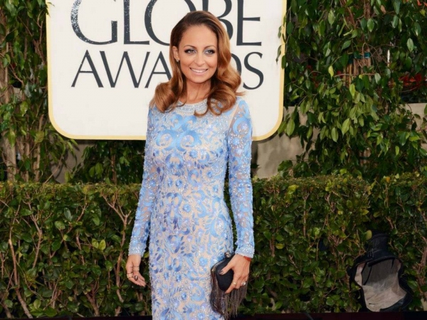 Christina Ricci at More Stars at the Golden Globe Red Carpet