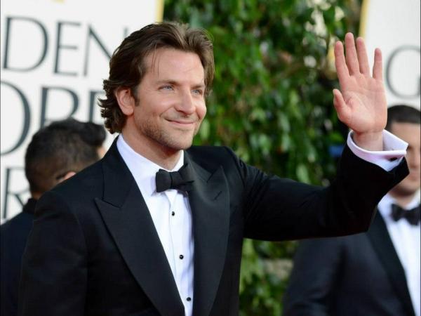 Bradley Cooper at More Stars at the Golden Globe Red Carpet