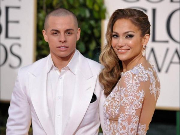 Jennifer Lopez at More Stars at the Golden Globe Red Carpet