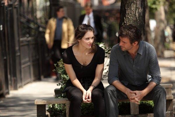 "SMASH -- ""On Broadway"" Episode 201 -- Pictured: (l-r) Katharine McPhee as Karen Cartwright, Jack Davenport as Derek Wills -- (Photo by: Eric Liebowitz/NBC)"