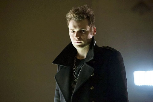 Photo Flash: First Look at Seth Gabel as 'The Count' on ARROW