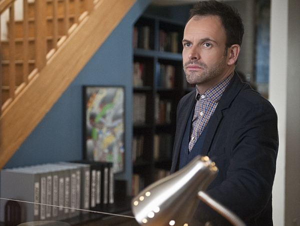 Photo Flash: First Look at ELEMENTARY's 'Red Team,' Airing 1/31