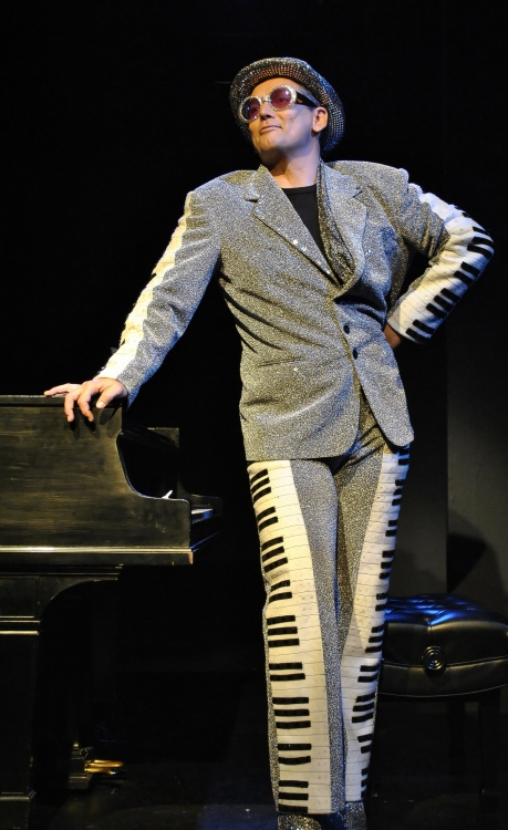 High Res Ian Von Memerty as Elton John