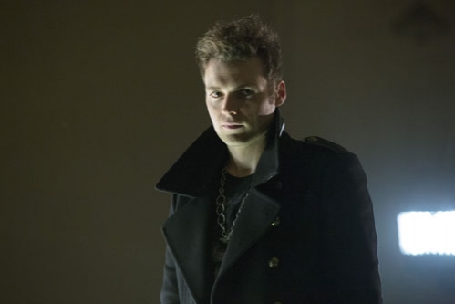 Photo Flash: First Look - Seth Gabel as 'The Count' on The CW's ARROW