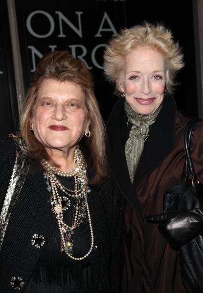 Julie Weiss & Holland Taylor  Photo