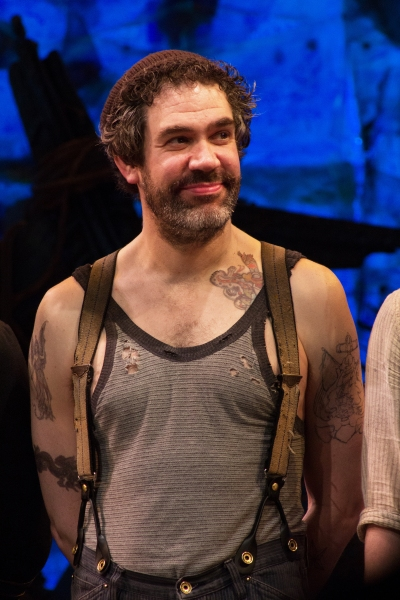 Photo Coverage: PETER AND THE STARCATCHER Cast Takes Final Broadway Bow!