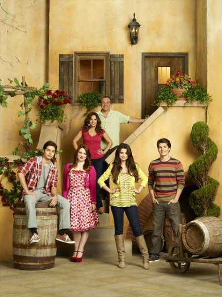 New WIZARDS OF WAVERLY PLACE TV Movie Set for 3/15