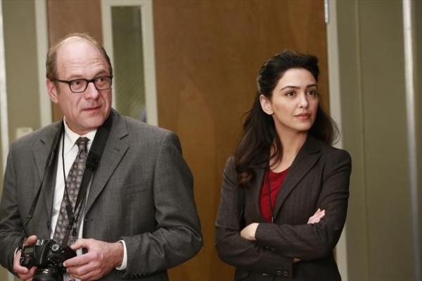 Photo Flash: GREY'S ANATOMY's 'The Face of Change,' Airing 2/7