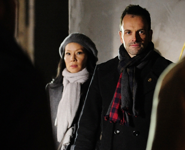 Photo Flash: First Look - ELEMENTARY's 'A Giant Gun, Filled With Drugs,' Airing 2/7