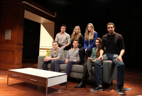 Evan Jonigkeit, David Hull, Aleque Reid, Matt Lauria, Zosia Mamet, Lauren Culpepper & Kobi Libii