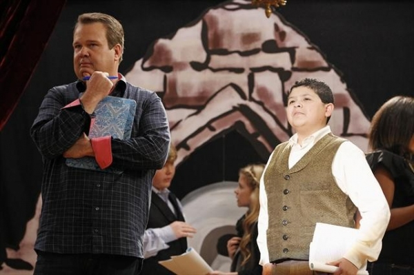 ERIC STONESTREET, RICO RODRIGUEZ at MODERN FAMILY Does PHANTOM!