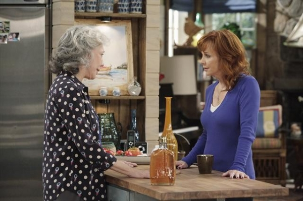 LILY TOMLIN, REBA at First Look at Laura Bell Bundy on ABC's MALIBU COUNTRY