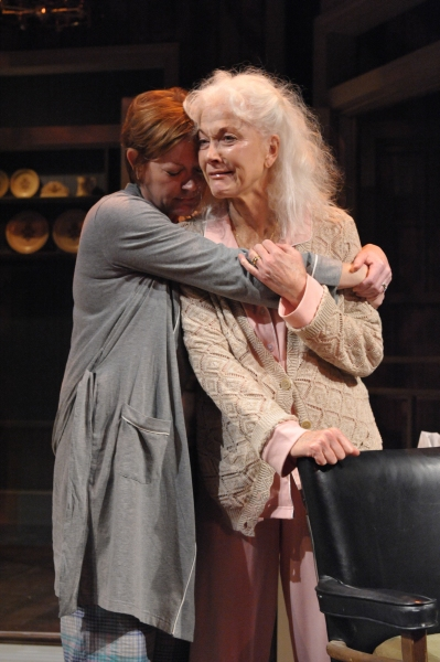 Photo Flash: First Look at Linda Thorson, Deborah Hazlett and More in Everyman Theatre's AUGUST: OSAGE COUNTY
