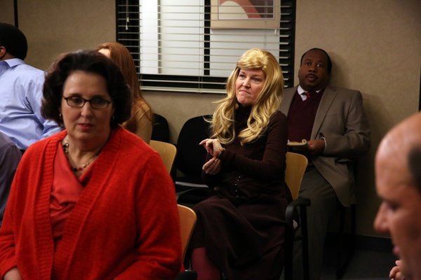 Photo Flash: THE OFFICE's 'Couples Discount,' Airing 2/7