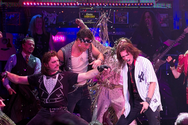 Photo Coverage: NY Yankee Mark Teixeira Makes Appearance in ROCK OF AGES!
