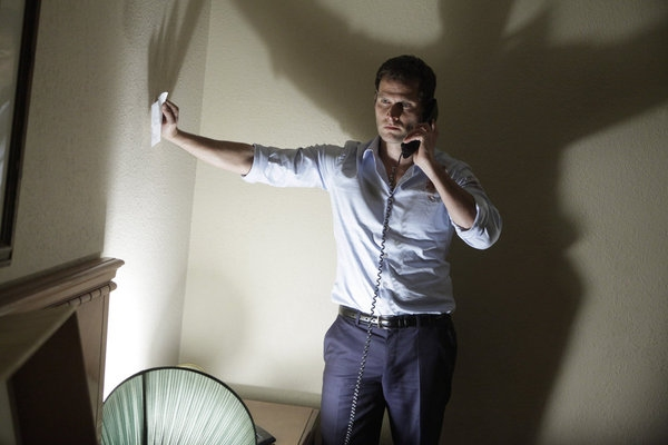 Photo Flash: Steven Pasquale, Lin-Manuel Miranda Star in NBC's DO NO HARM, Premiering Tonight