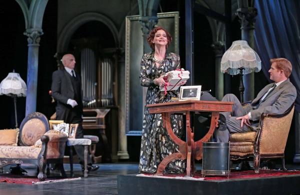 Photo Flash: First Look at Drury Lane Theatre's SUNSET BOULEVARD