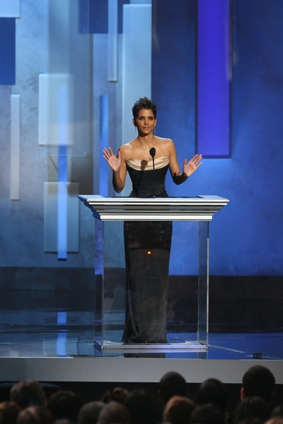 Halle Berry at Last Night's 44th Annual NAACP Image Awards