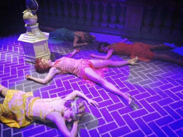 Photo Flash: Saturday Intermission Pics, Feb 2 - NEWSIES' Take on HBO's GIRLS, Max von Essen in GAY BRIDE OF FRANKENSTEIN and More!