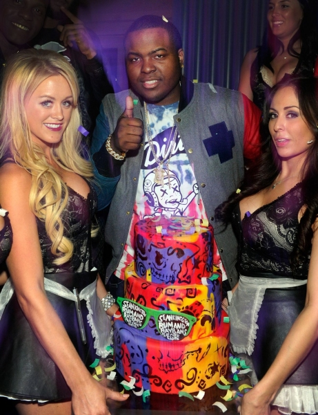 Photo Flash: Sean Kingston's Birthday Celebration at Chateau Nightclub & Gardens in Las Vegas