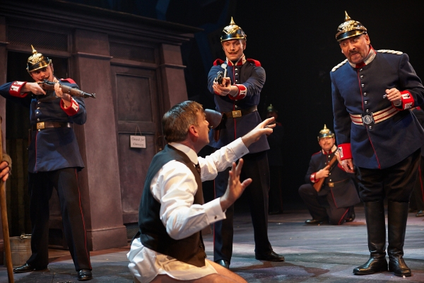 Photo Flash: First Look at Antony Sher and More in THE CAPTAIN OF KOPENICK
