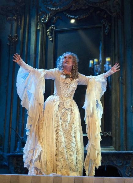 Paula Wilcox (Miss Havisham)  Photo