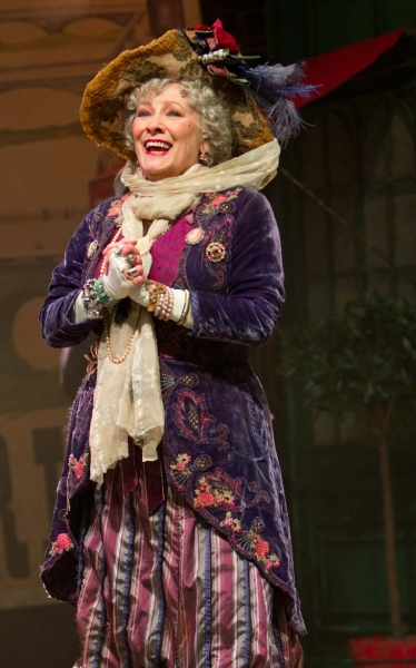 Photo Flash: First Look at Betty Buckley, Paul Nicholas and More in West End's DEAR WORLD!