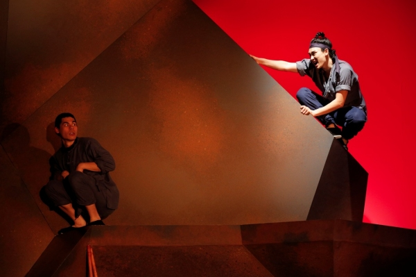 Photo Flash: First Look at Signature Theatre's THE DANCE AND THE RAILROAD