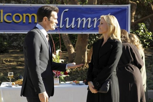 TY BURRELL, JULIE BOWEN at MODERN FAMILY's 'Bad Hair Day'