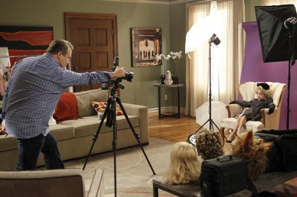 Photo Flash: MODERN FAMILY's 'Bad Hair Day'