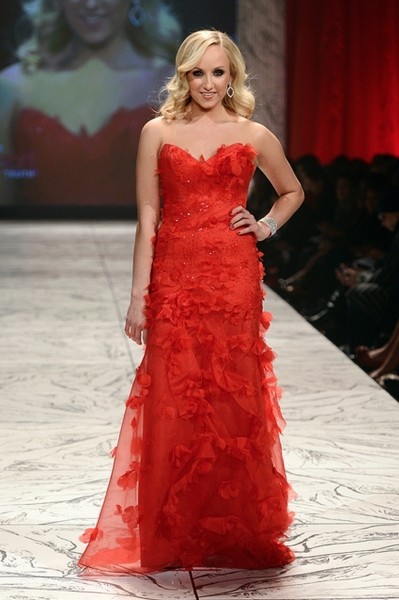 Photo Coverage: The Heart Truth Fashion Show