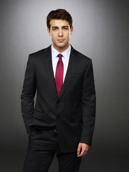 James Wolk Joins Robin Williams for CBS Comedy Pilot CRAZY ONES