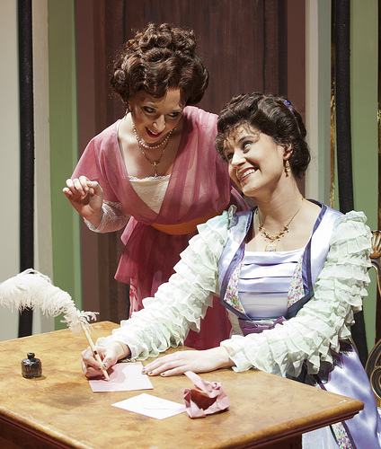 Elena Dern as Raymonde Chandebise and Olivia Vessel as Lucienne