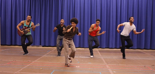 Photo Coverage: MOTOWN Cast Gives Performance Preview!