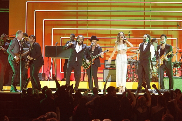 Photo Flash: Timberlake, Rihanna & More at 55th ANNUAL GRAMMY AWARDS