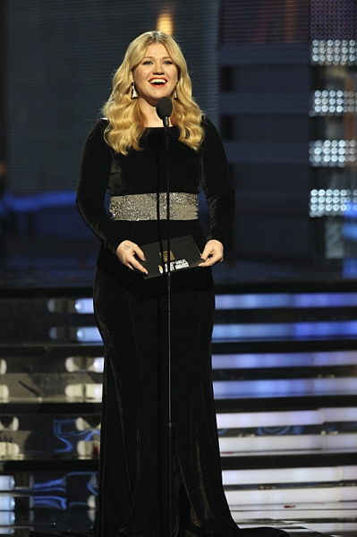 Kelly Clarkson at THE 55TH ANNUAL GRAMMY AWARDSÃ�'ï�¿½Ã'ï�¿½Ã�'ï�¿½Ã'Â�®.  The music industry's premier event will take place Sunday, Feb. 10 (8:00-11:30 PM, live ET/delayed PT), at STAPLES Center in Los Angeles, on the CBS Television Netwo