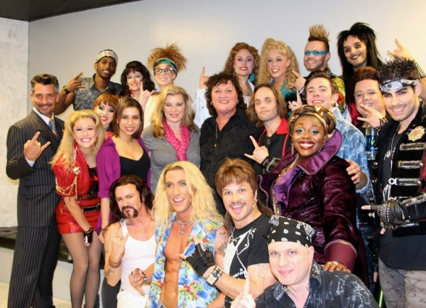 Photo Flash: GLEE's Dot-Marie Jones Visits ROCK OF AGES Las Vegas