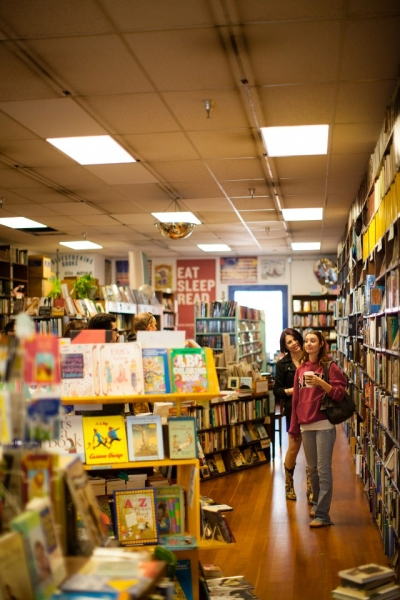 Whitney Shay and Kathryn Byrd shop for reading material. Photo